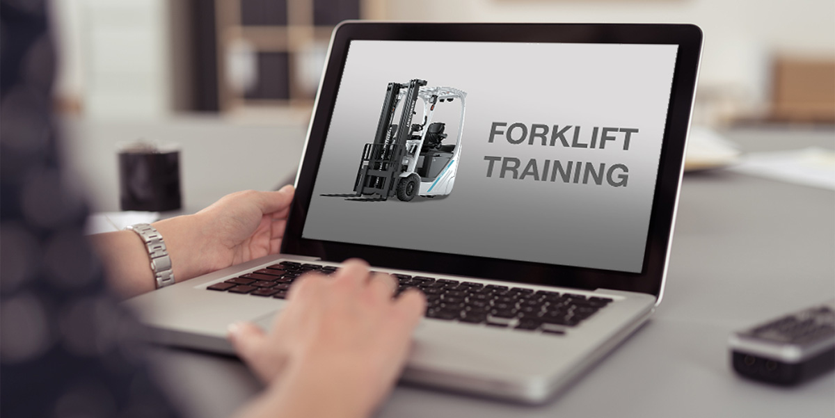 Forklift-training-on-laptop