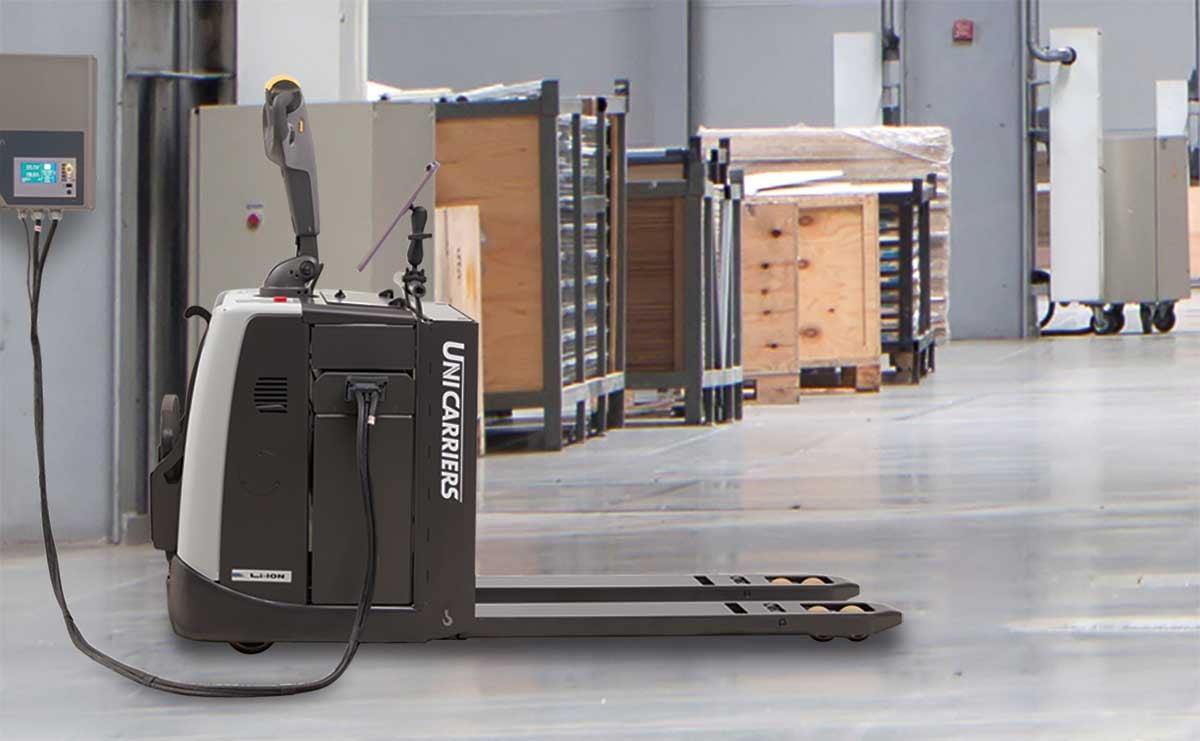 Li-ion-truck-in-facility